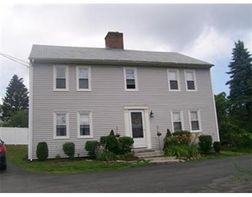 شقة للـ Rent في 118 Chapel St #2nd floor 118 Chapel St #2nd floor Holden, Massachusetts 01520 United States