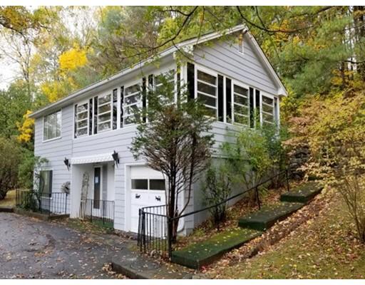 独户住宅 为 销售 在 60 Brewer Street 60 Brewer Street 诺斯伯勒, 马萨诸塞州 01532 美国