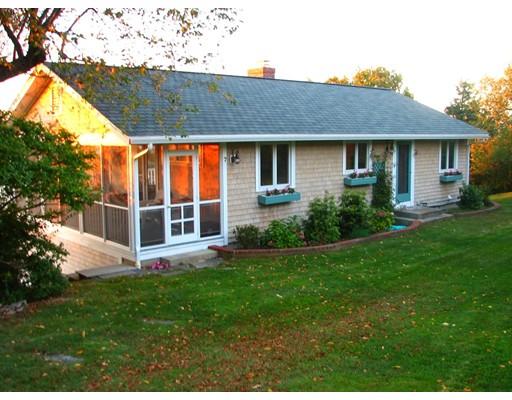 Additional photo for property listing at 7 Cardinal Lane  Gloucester, Massachusetts 01930 United States