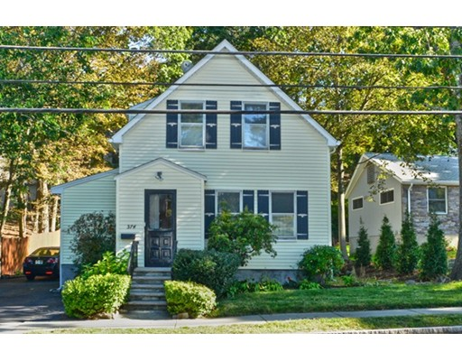 Single Family Home for Sale at 374 Winchester Street 374 Winchester Street Newton, Massachusetts 02461 United States