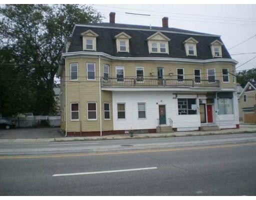 Single Family Home for Rent at 1101 Elmwood Avenue 1101 Elmwood Avenue Providence, Rhode Island 02907 United States