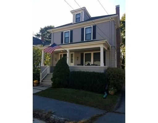 Maison unifamiliale pour l Vente à 57 Cedar Street 57 Cedar Street Fairhaven, Massachusetts 02719 États-Unis