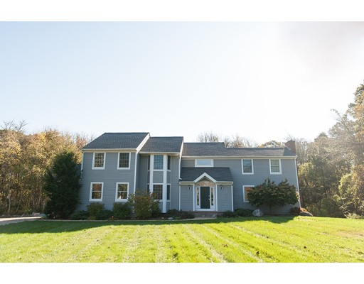 Single Family Home for Sale at 12 Smithfield Place 12 Smithfield Place Dartmouth, Massachusetts 02748 United States