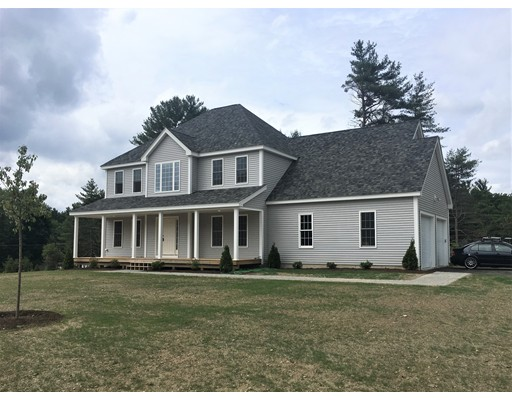 Single Family Home for Sale at 2 Summers Circle Upton, Massachusetts 01568 United States