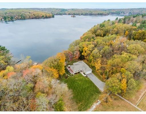 Частный односемейный дом для того Продажа на 6 Torrey Road 6 Torrey Road Sutton, Массачусетс 01590 Соединенные Штаты