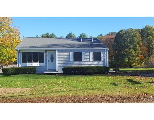 Single Family Home for Sale at 353 Elm Street 353 Elm Street East Bridgewater, Massachusetts 02333 United States