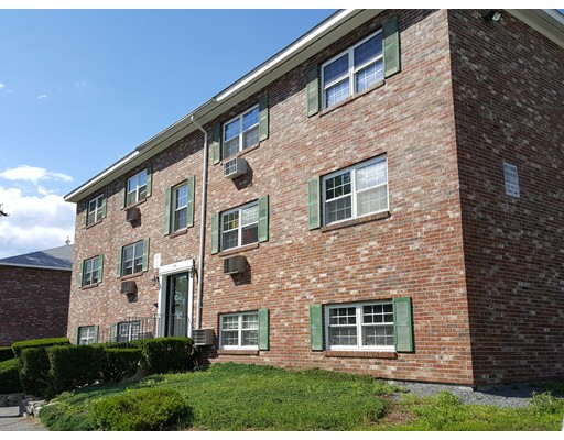 Condominium for Rent at 351 Hildreth Street #33 351 Hildreth Street #33 Lowell, Massachusetts 01850 United States
