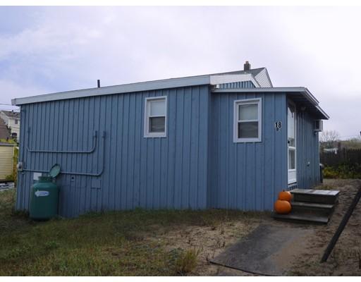 واحد منزل الأسرة للـ Sale في 18 Plum Island BLVD 18 Plum Island BLVD Newbury, Massachusetts 01951 United States