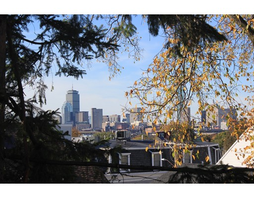 Casa Unifamiliar por un Alquiler en 21 Gates Boston, Massachusetts 02127 Estados Unidos