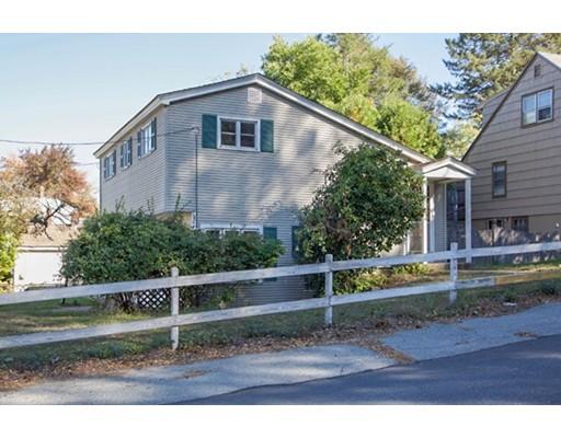 独户住宅 为 销售 在 74 Darwin Street 74 Darwin Street Woonsocket, 罗得岛 02895 美国