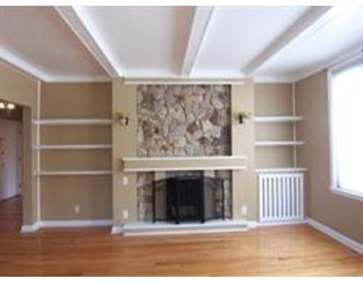 独户住宅 为 出租 在 1486 Commonwealth 波士顿, 马萨诸塞州 02135 美国