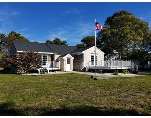 Single Family Home for Sale at 41 Higgins Crowell Road Yarmouth, 02673 United States