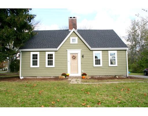 独户住宅 为 销售 在 140 Curve Street 140 Curve Street Bridgewater, 马萨诸塞州 02324 美国