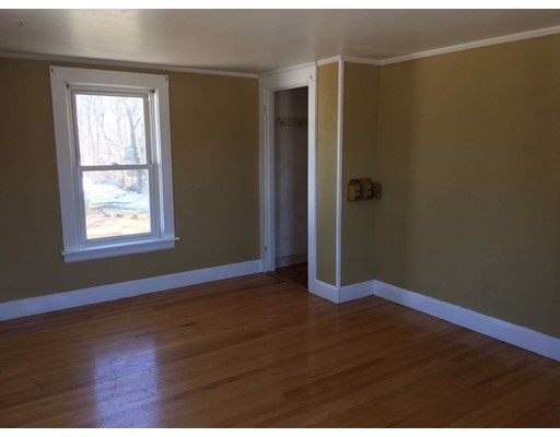 1463 Somerset Ave, Dighton, MA, 02715