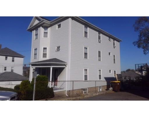 Maison avec plusieurs logements pour l Vente à 404 PEARCE STREET 404 PEARCE STREET Fall River, Massachusetts 02720 États-Unis
