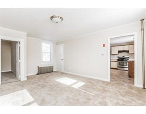 واحد منزل الأسرة للـ Rent في 20 Primrose Hill Road 20 Primrose Hill Road Dracut, Massachusetts 01826 United States