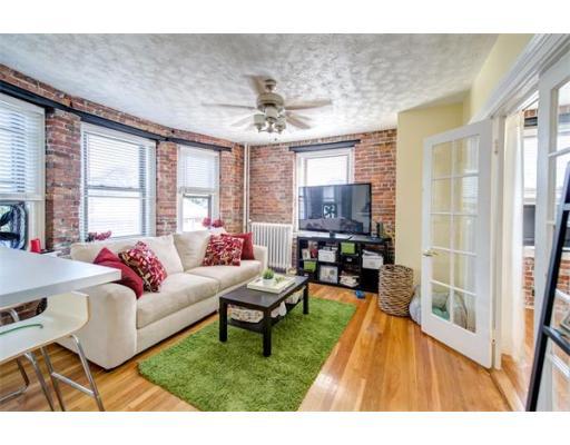 Additional photo for property listing at 285 Lynn Shore Drive  林恩, 马萨诸塞州 01902 美国