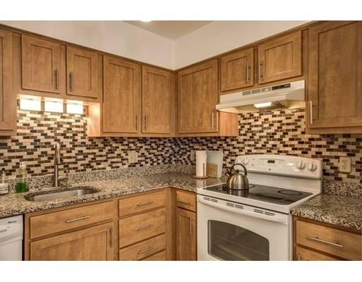 独户住宅 为 出租 在 58 Bradley Street Somerville, 马萨诸塞州 02145 美国