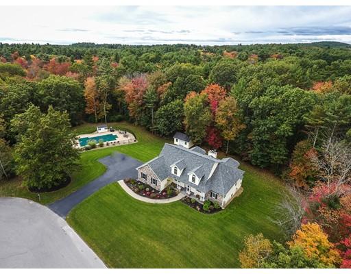 Maison unifamiliale pour l Vente à 24 Velma Circle 24 Velma Circle Pelham, New Hampshire 03076 États-Unis