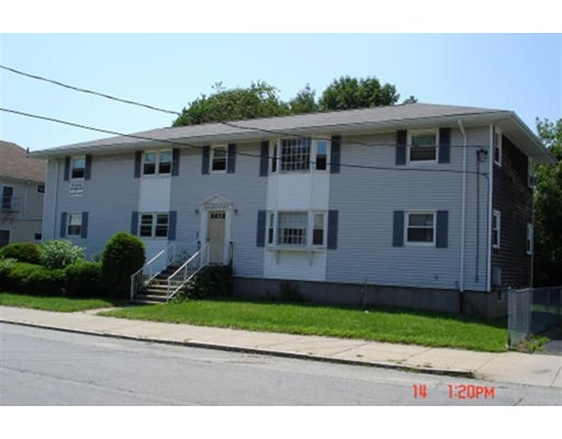 Additional photo for property listing at 238 Oak Grove Avenue  Fall River, 马萨诸塞州 02723 美国