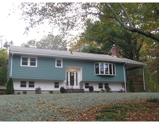 Single Family Home for Rent at 398 Andover Street 398 Andover Street Wilmington, Massachusetts 10887 United States