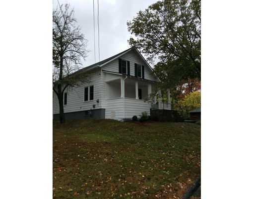 Additional photo for property listing at 9 Everton Avenue 9 Everton Avenue Worcester, Massachusetts 01604 Estados Unidos