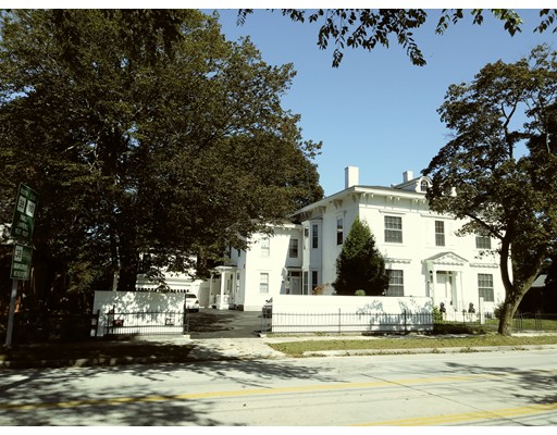 Частный односемейный дом для того Продажа на 256 Andover st, Belvidere 256 Andover st, Belvidere Lowell, Массачусетс 01852 Соединенные Штаты