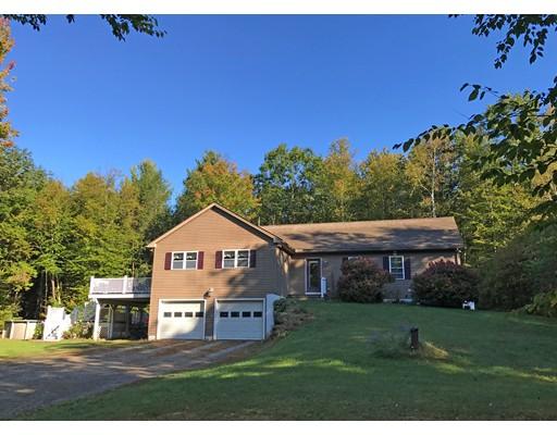 Single Family Home for Sale at 200 Skinner Road 200 Skinner Road Shelburne, Massachusetts 01370 United States