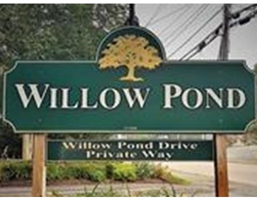 Townhouse for Rent at 92 Willow Pond Dr. #92 92 Willow Pond Dr. #92 Rockland, Massachusetts 02061 United States