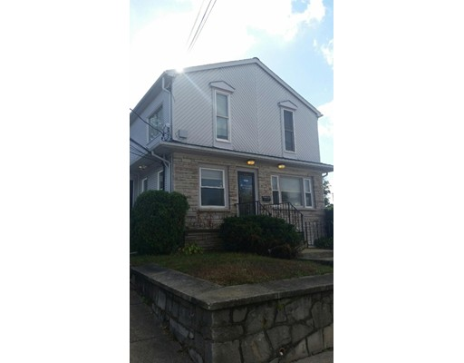 Additional photo for property listing at 1006 Reservoir Avenue 1006 Reservoir Avenue Cranston, 罗得岛 02910 美国