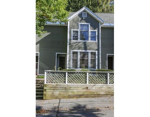 Condominio por un Venta en 76 Amity Place 76 Amity Place Amherst, Massachusetts 01002 Estados Unidos