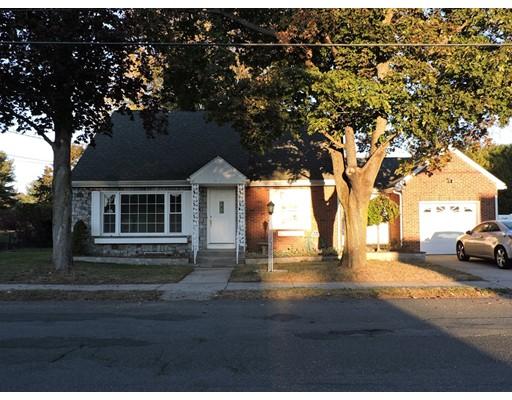 واحد منزل الأسرة للـ Sale في 55 Streetevens Street 55 Streetevens Street Ludlow, Massachusetts 01056 United States