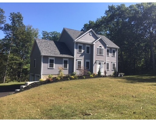 Casa Unifamiliar por un Venta en 37 Crowningshield 37 Crowningshield Paxton, Massachusetts 01612 Estados Unidos