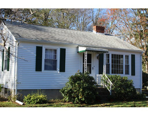 Single Family Home for Sale at 34 Geordan Avenue 34 Geordan Avenue Wrentham, Massachusetts 02093 United States