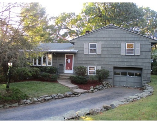 Additional photo for property listing at 85 Raymond Street 85 Raymond Street Holden, Massachusetts 01520 Estados Unidos