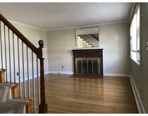 Additional photo for property listing at 172 Fayette Street  Watertown, Massachusetts 02142 United States