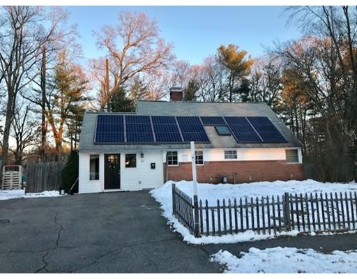 独户住宅 为 销售 在 13 Kelsey Road 13 Kelsey Road 纳迪克, 马萨诸塞州 01760 美国