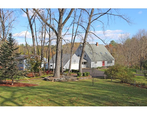 Casa Unifamiliar por un Venta en 603 Hoosac Road 603 Hoosac Road Conway, Massachusetts 01341 Estados Unidos