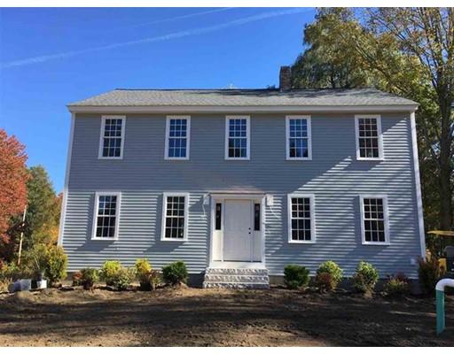 واحد منزل الأسرة للـ Sale في 187 Main Street 187 Main Street Kingston, New Hampshire 03848 United States