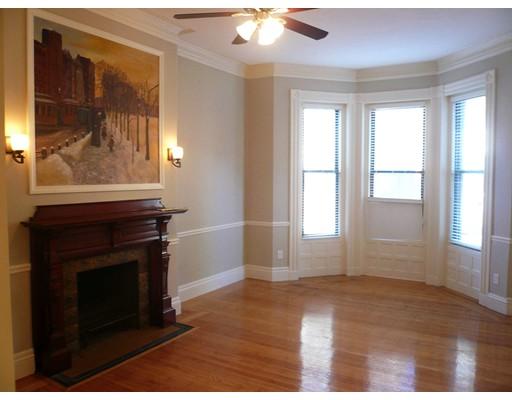 独户住宅 为 出租 在 45 Hereford Street 波士顿, 马萨诸塞州 02115 美国