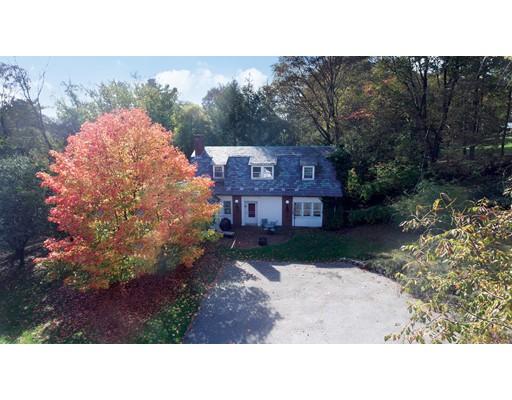 独户住宅 为 销售 在 210 Chestnut Hill Road 210 Chestnut Hill Road 牛顿, 马萨诸塞州 02467 美国