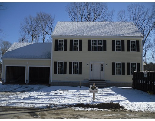 Single Family Home for Sale at 93 McEachron Drive 93 McEachron Drive Stoughton, Massachusetts 02072 United States