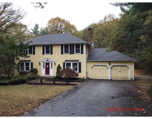 Single Family Home for Sale at 18 Puddingstone Lane 18 Puddingstone Lane Mendon, Massachusetts 01756 United States