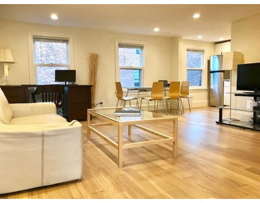 Additional photo for property listing at 154 Newbury St. #PH-5B 154 Newbury St. #PH-5B Boston, Massachusetts 02116 États-Unis