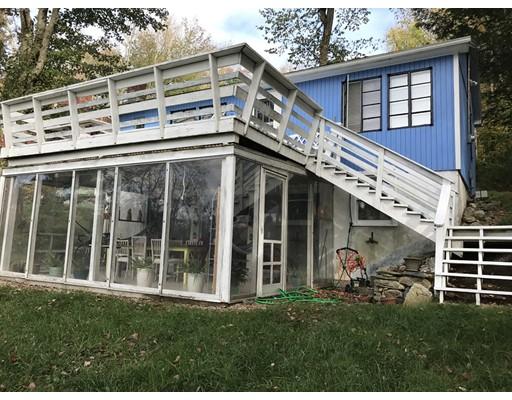 Частный односемейный дом для того Аренда на 305 East Quasset Road #1 305 East Quasset Road #1 Woodstock, Коннектикут 06244 Соединенные Штаты