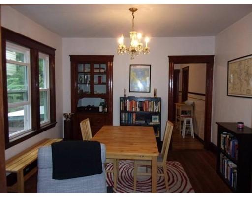 Additional photo for property listing at 33 Boston Avenue  Somerville, Massachusetts 02144 Estados Unidos