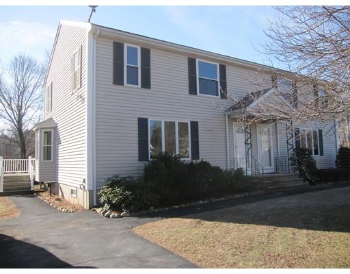 Casa unifamiliar adosada (Townhouse) por un Alquiler en 6 Blueberry Knoll #6 6 Blueberry Knoll #6 Bridgewater, Massachusetts 02324 Estados Unidos