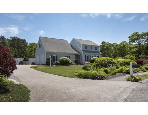 Additional photo for property listing at 83 Courtney Road 83 Courtney Road Harwich, Massachusetts 02645 États-Unis