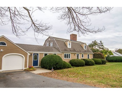 واحد منزل الأسرة للـ Sale في 56 Fiske Hill Road 56 Fiske Hill Road Sturbridge, Massachusetts 01566 United States