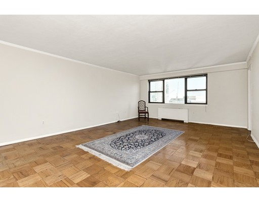8 Whittier Pl - Boston